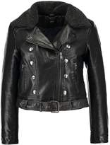 Only ONLLAURA Faux leather jacket black