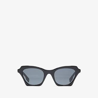 Burberry 0BE4283 (Black/Grey) Fashion Sunglasses