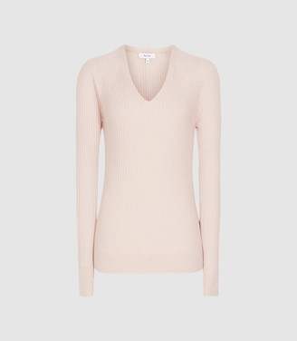 Reiss Elouise - Ribbed V-neck Jumper in Soft Pink