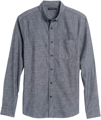 Banana Republic Untucked Standard-Fit Chambray Shirt