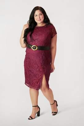 Marée Pour Toi Maree Pour Toi Lace Dress w/ Slit in Burgundy Size 24