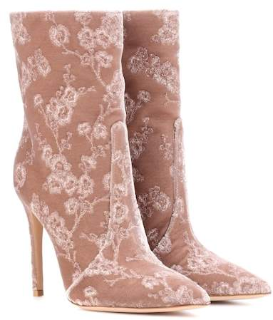 Gianvito Rossi Exclusive to mytheresa.com – Melanie velvet ankle boots