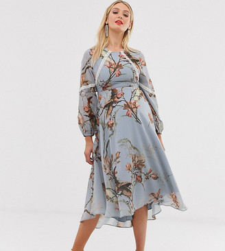 Hope & Ivy Maternity floral lace trim long sleeve midi dress