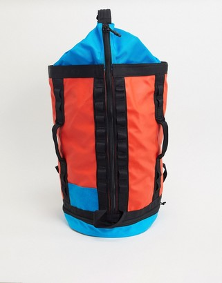 The North Face Explore Haulaback small backpack in red