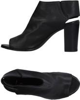 Lemaré Sandals - Item 11233026