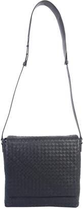 Bottega Veneta Medium Messenger Bag