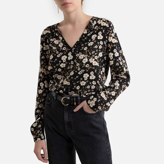 Jacqueline De Yong Printed V-Neck Blouse with Long Sleeves