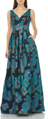 Carmen Marc Valvo V-Neck Sleeveless Metallic Brocade Gown