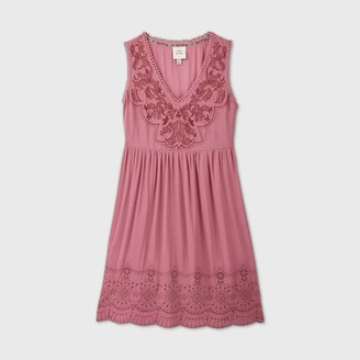 Knox Rose™ Women's Sleeveless Embroidered Shift Dress with Eyelet Details - Knox TM