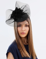 Morgan Taylor Taria Fascinator