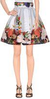 Leitmotiv Knee length skirts