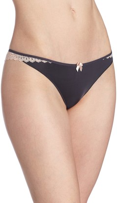 B.Tempt'd b.temptd by Wacoal Women's Wrap Star Thong Panty