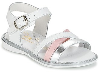Citrouille et Compagnie IZOEGL girls's Sandals in White