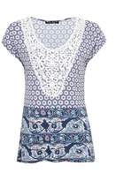 Select Fashion Fashion Womens Multi Border Tile Crochet Front Tee - size 10