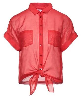 Caractere Shirt