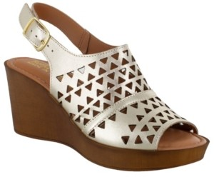 Bella Vita Deb-Italy Women's Wedge Sandals Women's Shoes