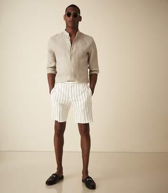 Reiss Judge - Striped Shorts in Ecru/navy