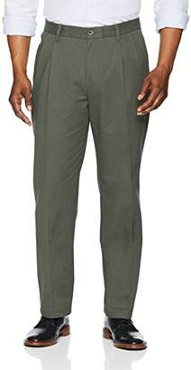 Amazon Essentials Classic-Fit Wrinkle-Resistant Pleated Chino PantW32/L30 (size: 32W x 30L)