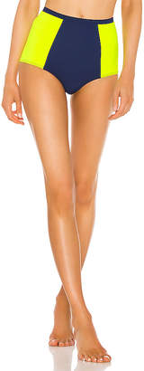Flagpole Stephanie Bikini Bottom