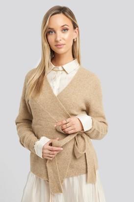 NA-KD Alpaca Wrap Around Knitted Sweater Beige