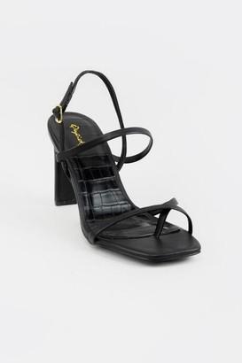 Qupid Kaylee Block Heels - Black