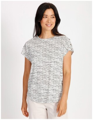 Regatta Etched Extended Sleeve Tee With Button Shoulder