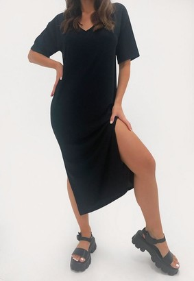 Missguided Black V Neck Midi Oversized T Shirt Dress