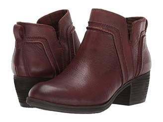 Cobb Hill Anisa V Cut Bootie (Tan) Women's Shoes