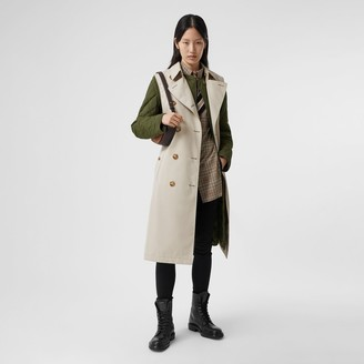 Burberry Sleeveless Trench Coat with Detachable Warmer Size: 02