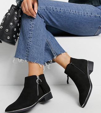 Simply Be Wide Fit ankle boots with zip detail in black