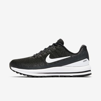 Nike Women's Running Shoe Vomero 13