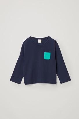 Cos Organic Cotton Contrast Patch Pocket Long-Sleeve T-Shirt