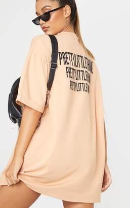 PrettyLittleThing Globalle Fawn Oversized Slogan T-Shirt Dress