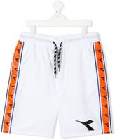 Diadora Junior TEEN logo stripe track shorts