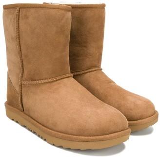 Ugg Kids TEEN classic shearling boots