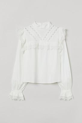 H&M Lace-trimmed Blouse