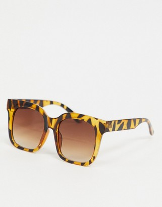 Pieces oversized square sunglasses in brown tortoiseshell