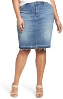 Plus Size Women's Caslon Release Hem Denim Pencil Skirt