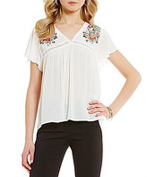 I.N. San Francisco Floral Embroidered Flutter Short-Sleeve V-Neck High-Low Top
