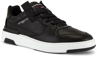 Givenchy Wing Sneaker Low in Black & White | FWRD