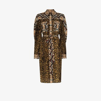 Burberry Constanza animal print silk shirt dress