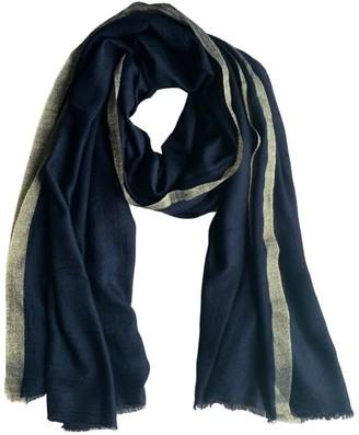 Vasiliki Atelier Kimora Ring Cashmere Scarf In Black Noir & Gold Lurex
