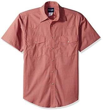Wrangler Men's Wrinkle Resist Two Pocket Short Sleeve Snap Shirt
