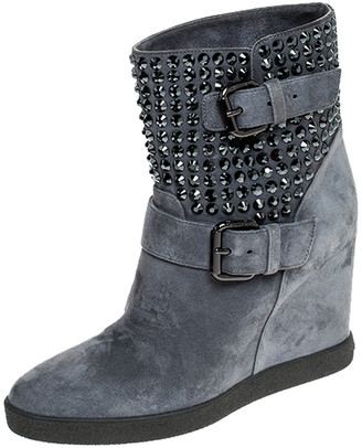 Le Silla Ash Blue Studded Suede Buckle Wedge Boots Size 38