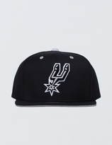 Mitchell & Ness San Antonio Spurs Solid Velour Logo Snapback