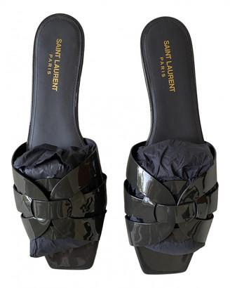 Saint Laurent Tribute Anthracite Patent leather Sandals