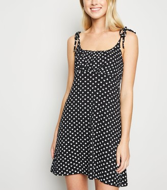 New Look Cameo Rose Heart Print Mini Dress