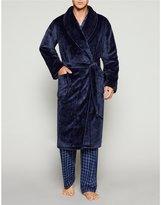 Roundtree & Yorke Plush Robe