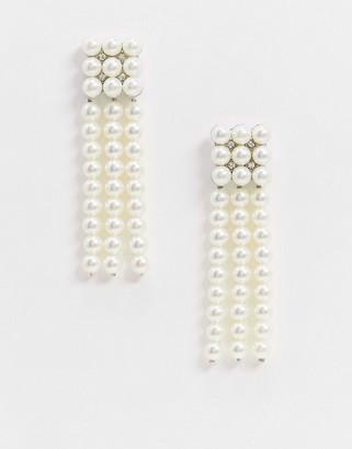 True Decadence drop earrings in pearl