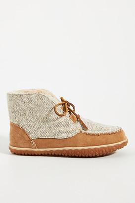 Minnetonka Torrey Slipper Boots By in Beige Size 6
